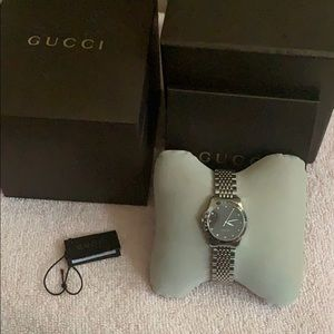 Gucci Woman's watch